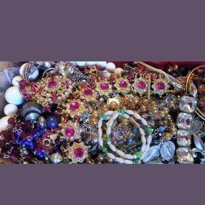 Jewelry - Jewelry Bulk Reseller Wholesale Mystery Box Lot
